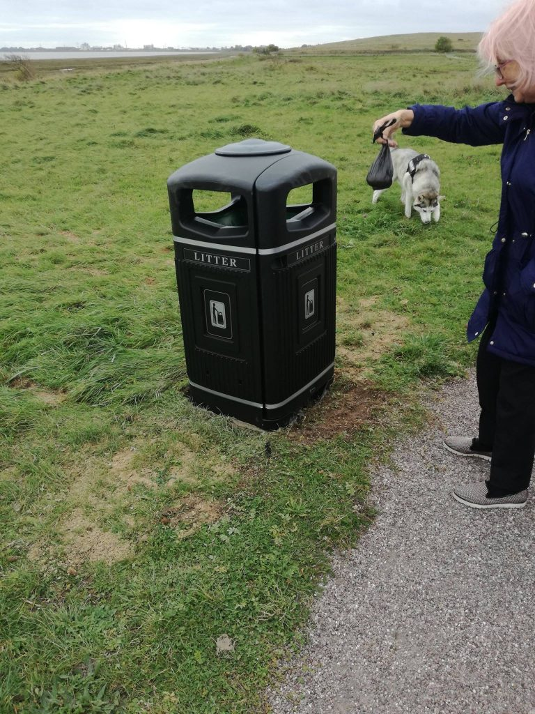 New bin at Fleetwood Marsh Nature Park, thanks to Fleetwood Town Council