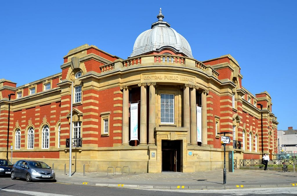 Blackpool Central Library - find it at North Shore